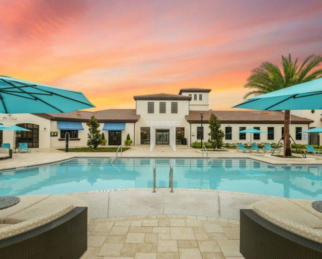 Five-to-Ten Bedroom Resort Homes Near Disney!