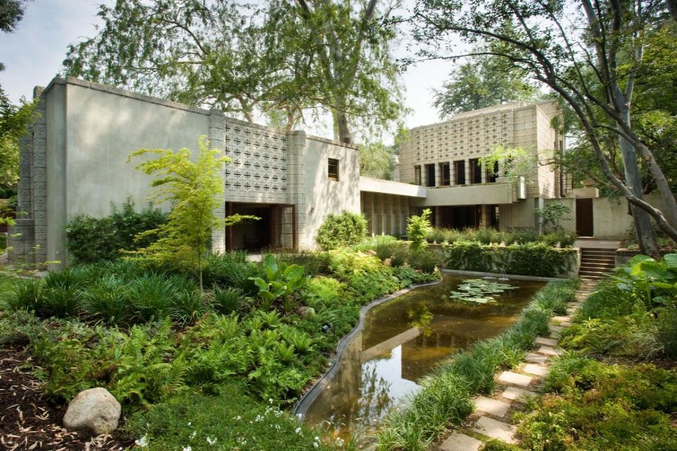 neue niedrigere Preise Vereinigte Staaten bester Großhändler Frank Lloyd Wright's Millard House! | Top Ten Real Estate Deals