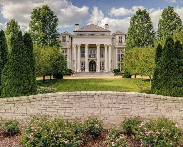 Tennessee's Bella Rosa Mansion!