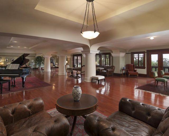 America's Largest Craftsman Home