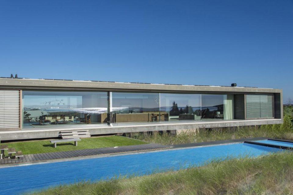 Hamptons Oceanfront Contemporary!