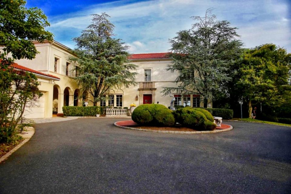 New Jersey Mob Boss Mansion Auction!