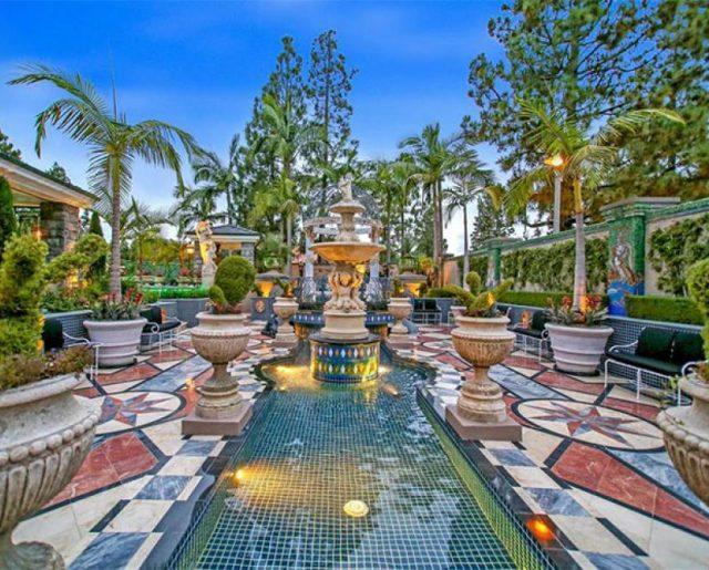 Villa Faberge!