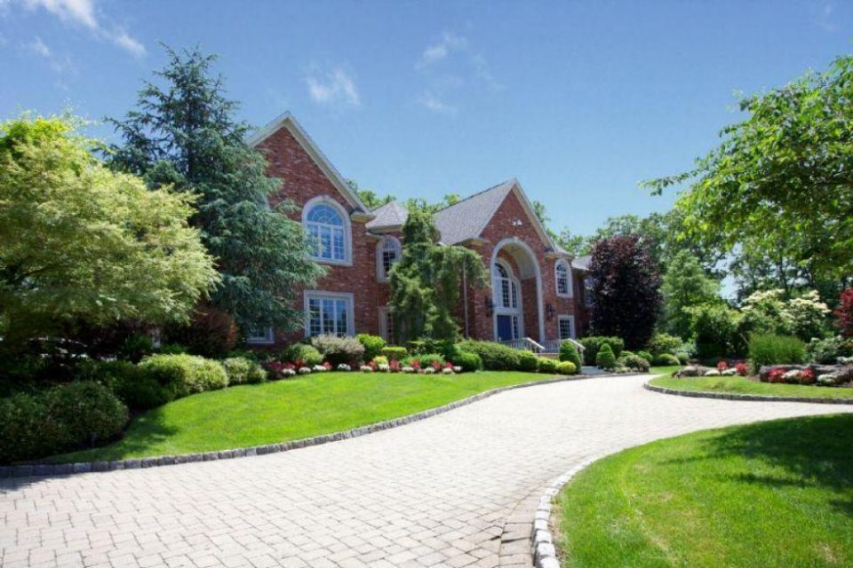 Puff Daddy's New Jersey Mansion!