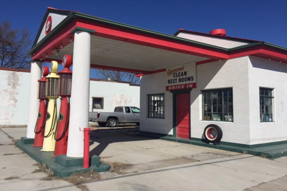 Historic Route 66 Gas Station Auction! | Top Ten Real Estate