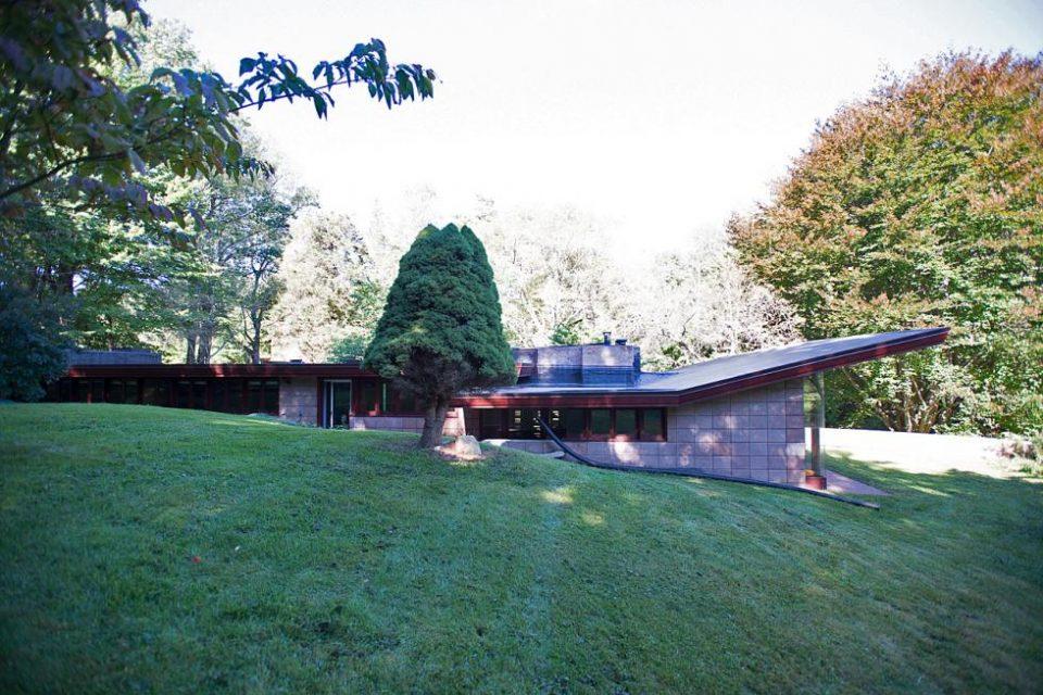 Frank Lloyd Wright Homes for Michigan Scientists!