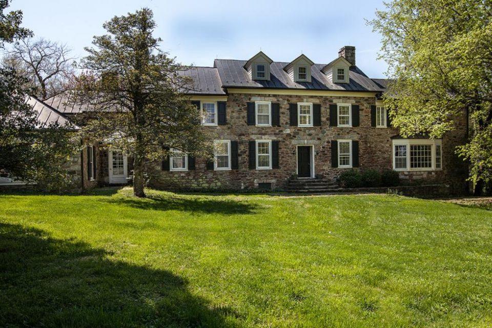Elizabeth Taylor's Virginia Farm!