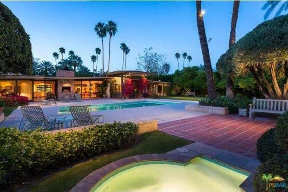 Kirk Douglas Palm Springs Home!