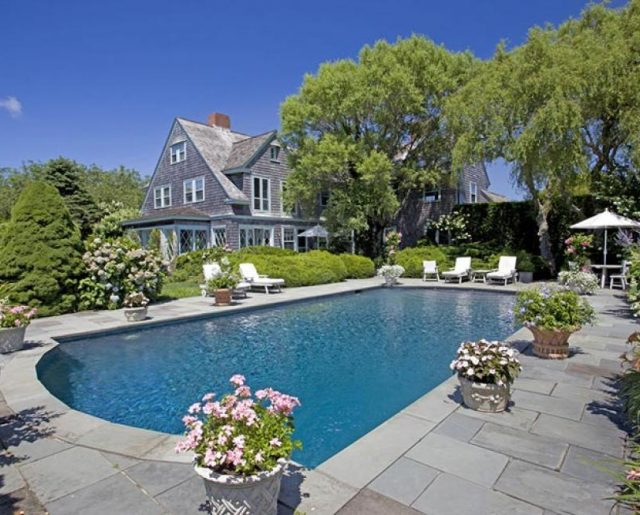 Original Grey Gardens Mansion!