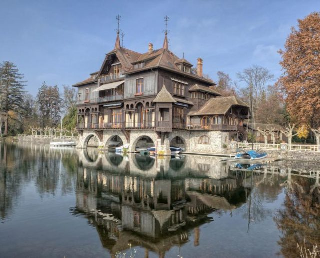Historic Lake Geneva Auction!
