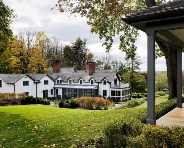 Historic New England Home & Art Gallery!