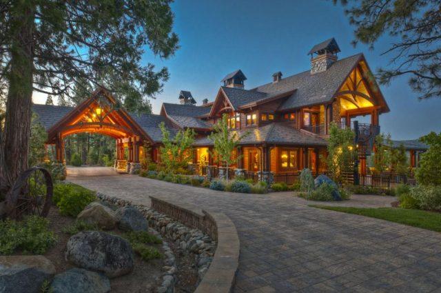 $55 Million Lodge, Bunkhouse & Jet Hanger