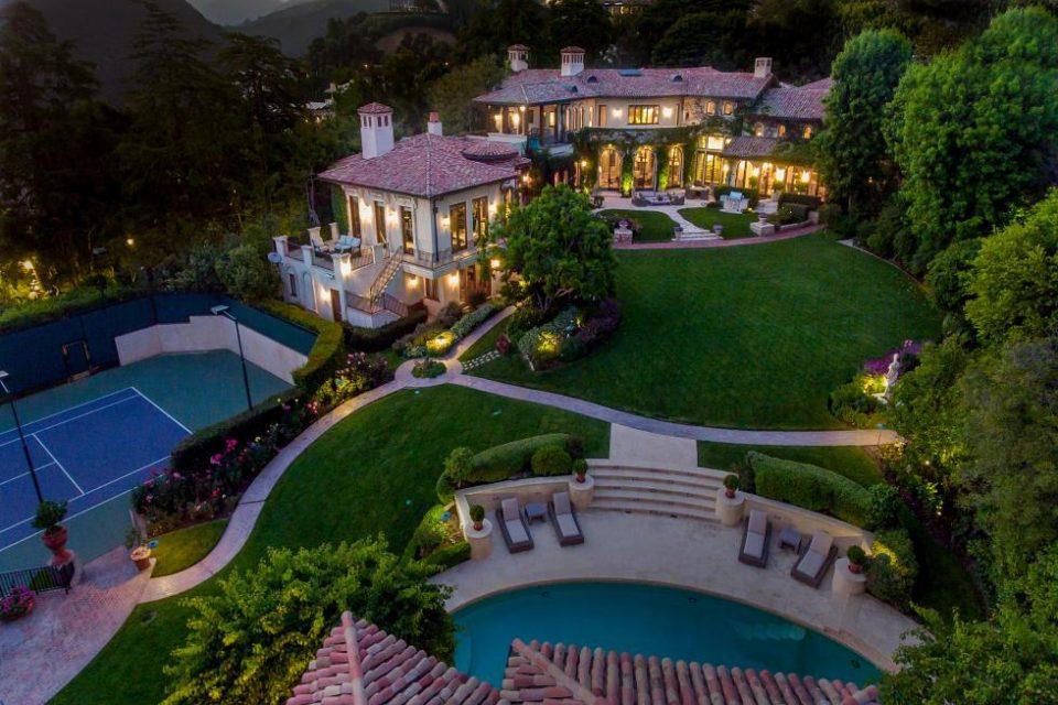 Sugar Ray Leonard Lists His LA Estate!