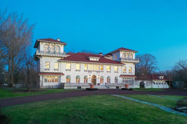 Gloria Swanson's New Jersey Mansion!