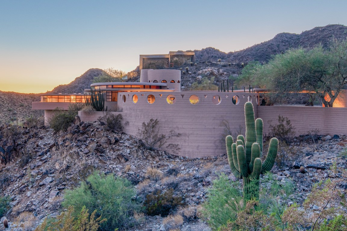 Frank Lloyd Wright's Final Home Is Going to Auction!