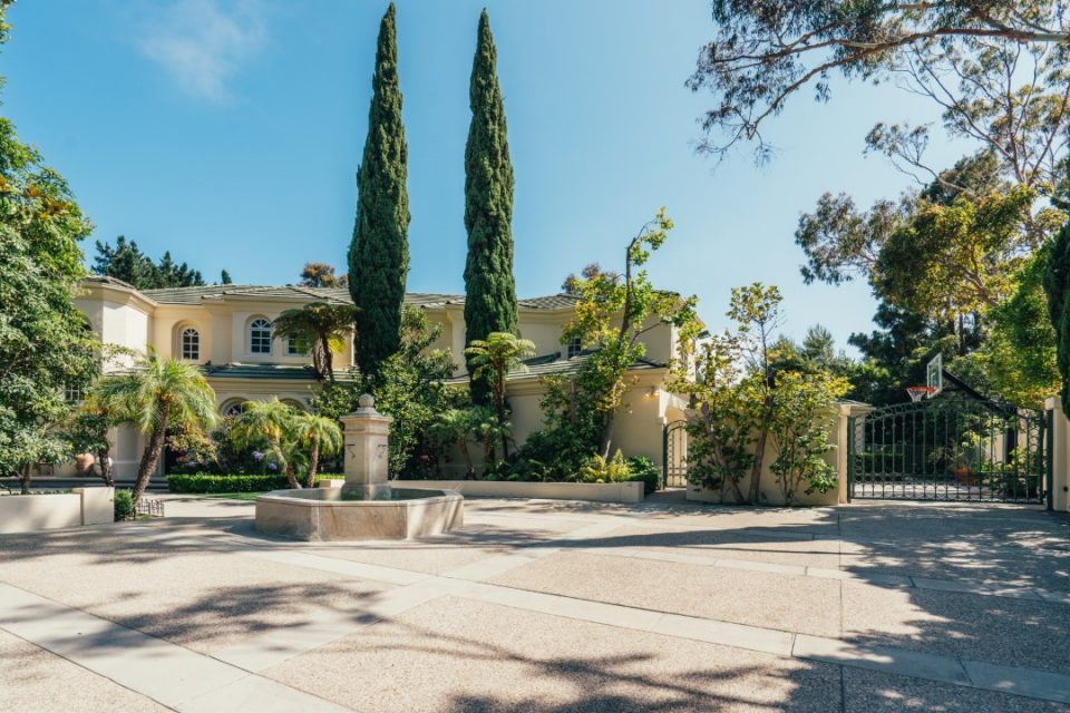Fast & Furious Producer Steve Chasman's Picture-Perfect Home!
