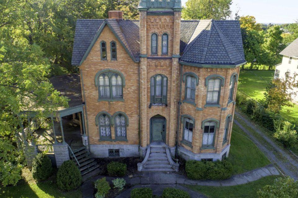 Bargain Pre-Civil War Mansion for Sale!