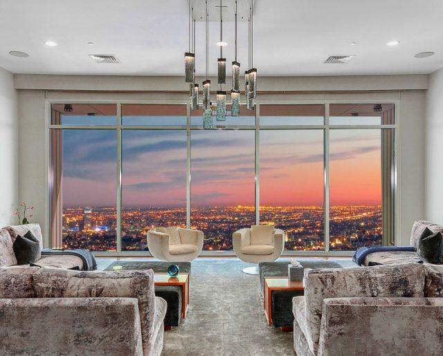 Friendlier Price On Matthew Perry's LA Penthouse!