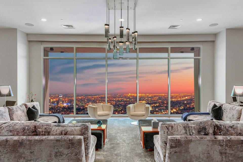 Friendlier Price On Matthew Perry's LA Penthouse!