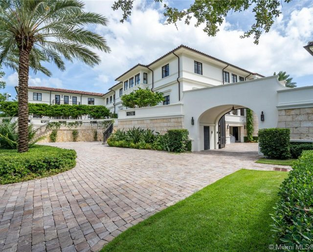 Marc Anthony Is Selling His Humongous Florida Mansion!