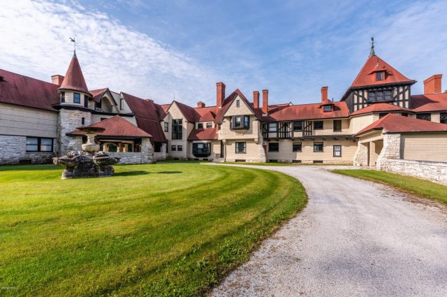 Historic Vanderbilt Mansion Spans Two Towns – Forty-Six Bedrooms!