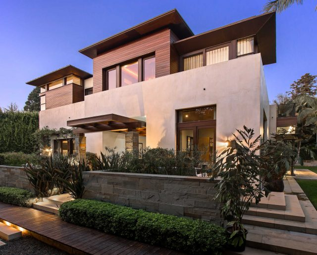 Matt Damon's Pacific Palisades Mansion!