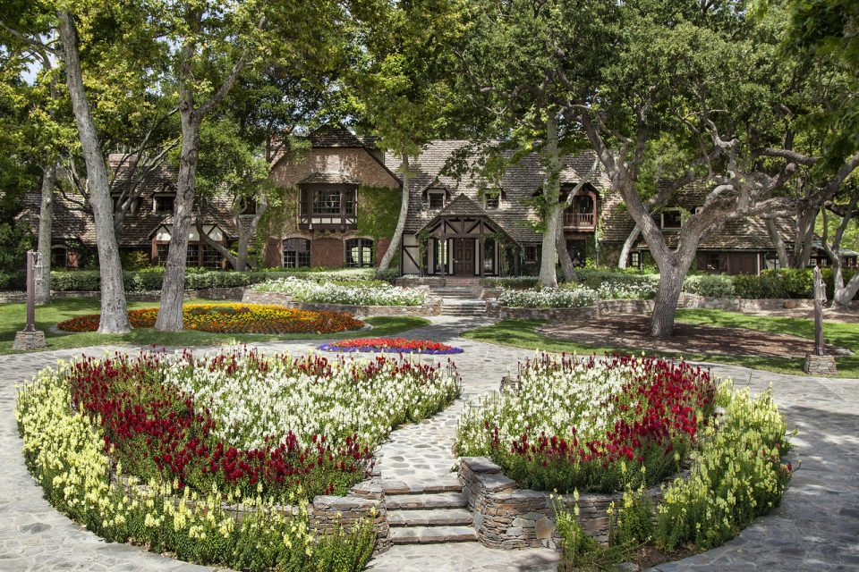 Michael Jackson's Neverland Ranch Sells For $22 Million!