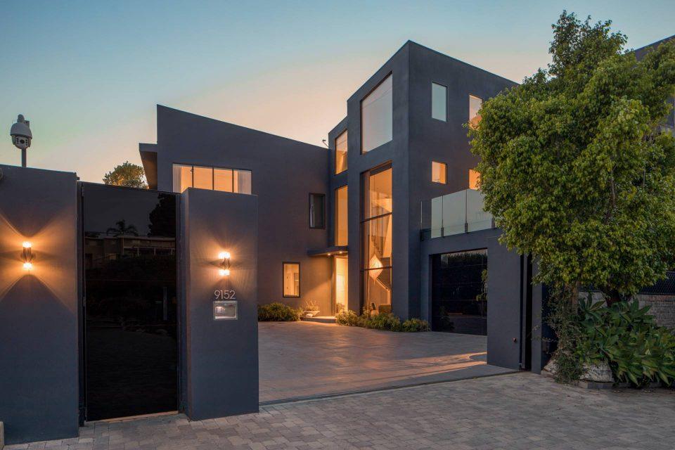 John Legend & Chrissy Teigen Have Too Many Beverly Hills Homes!