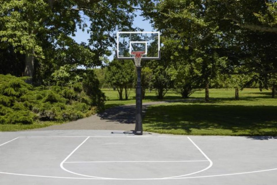 90JulePondRd2_basketball_edit-617x412