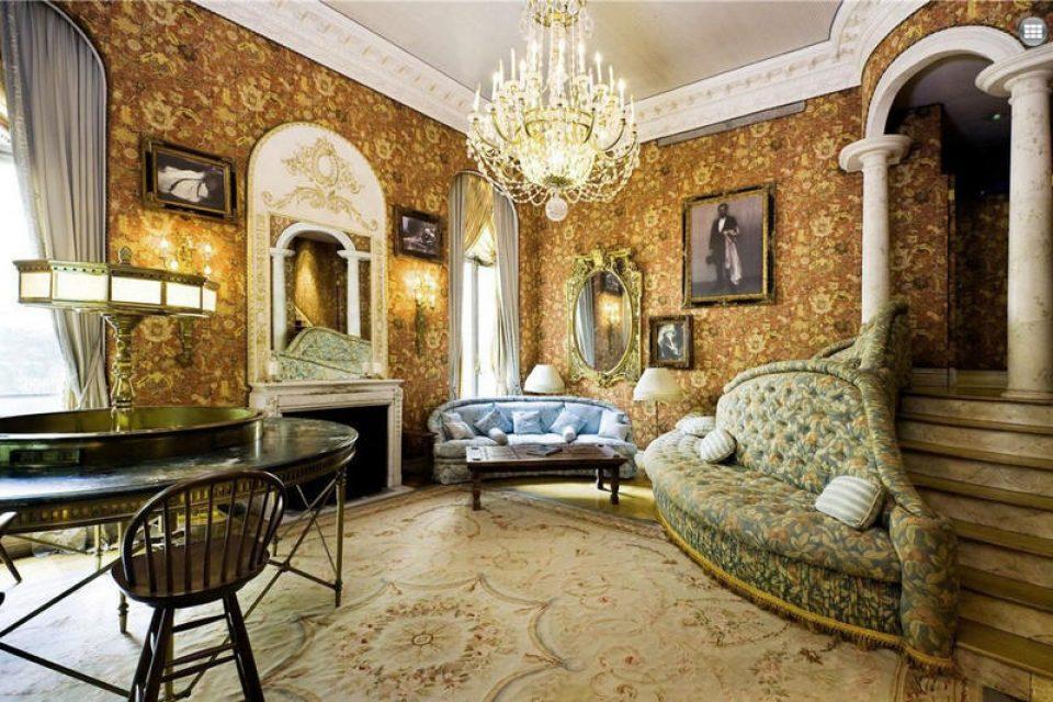 https___hypebeast.com_image_2015_02_joan-rivers-lavish-nyc-penthouse-on-market-for-3-million-11-