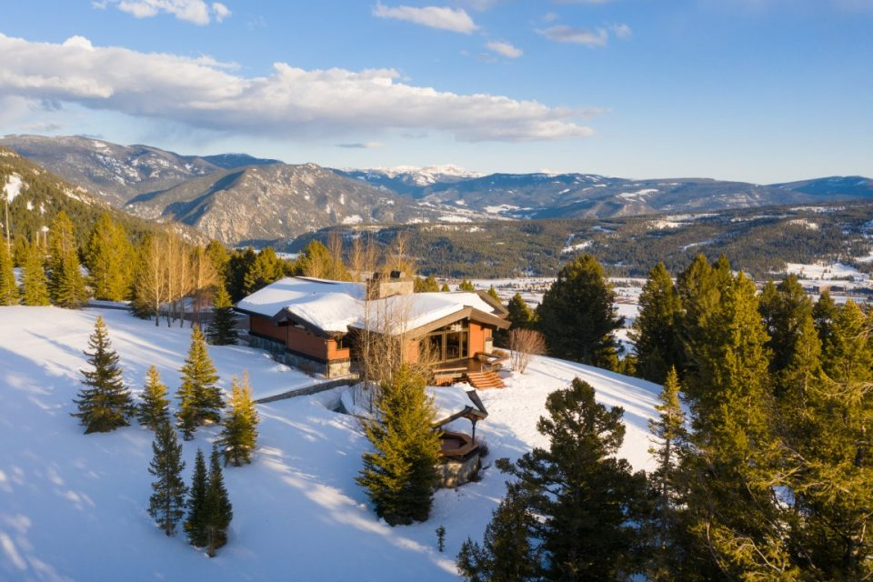 Montana Home For Car Collectors & Big Sky Views!